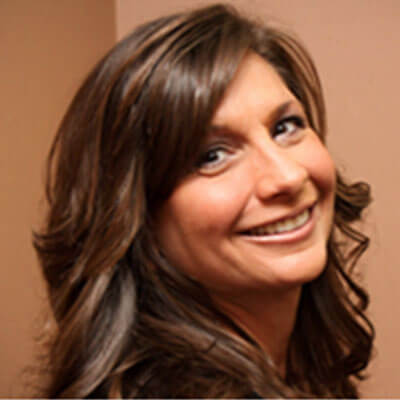 Lisa - Champagne Smiles Financial Coordinator